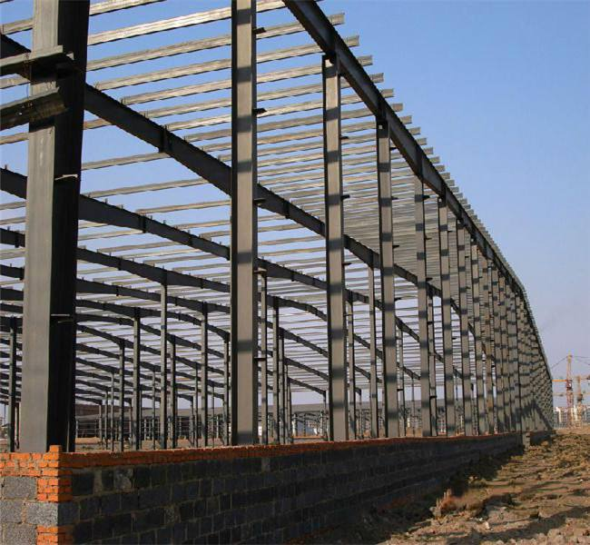 Daily maintenance of steel structure workshop